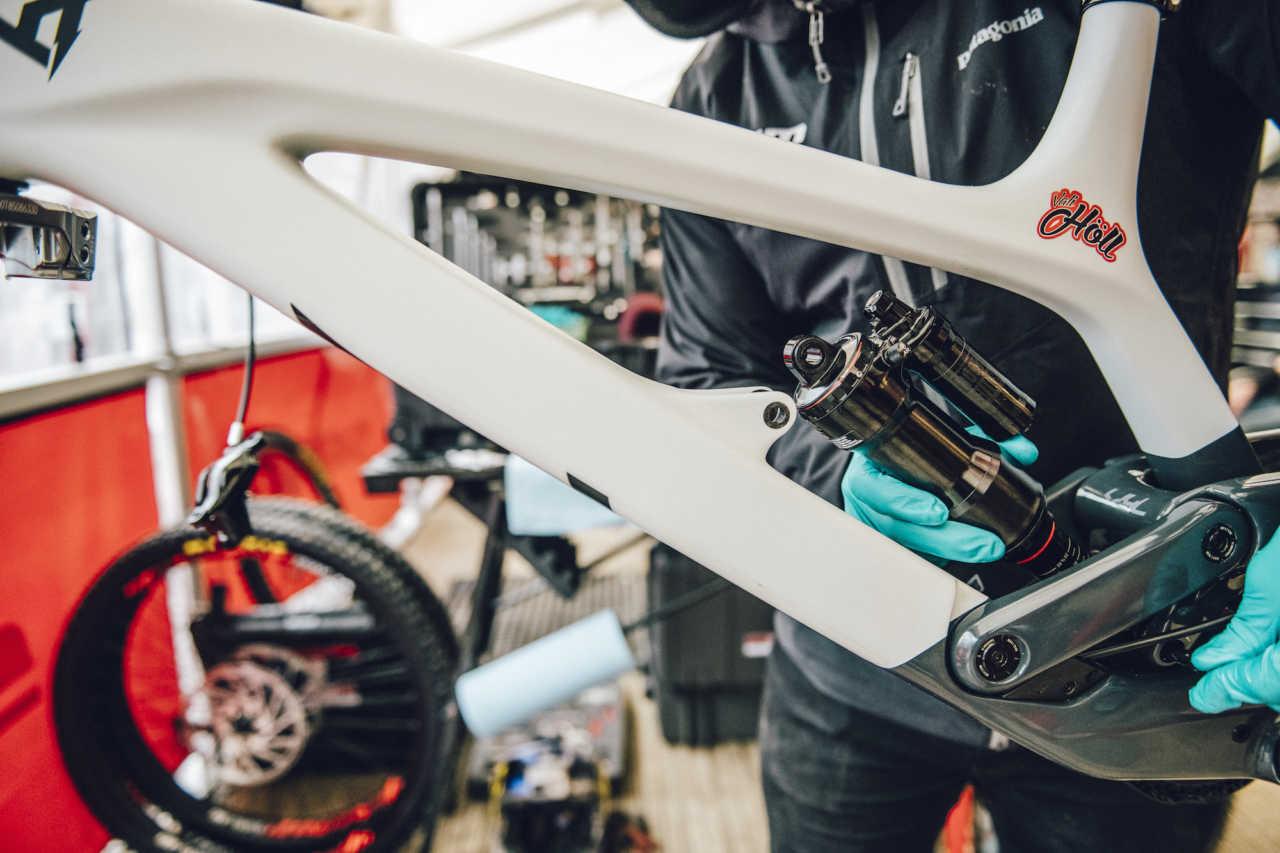 Tech: FAQ with RockShox on the 2020 Signature Series - Bike