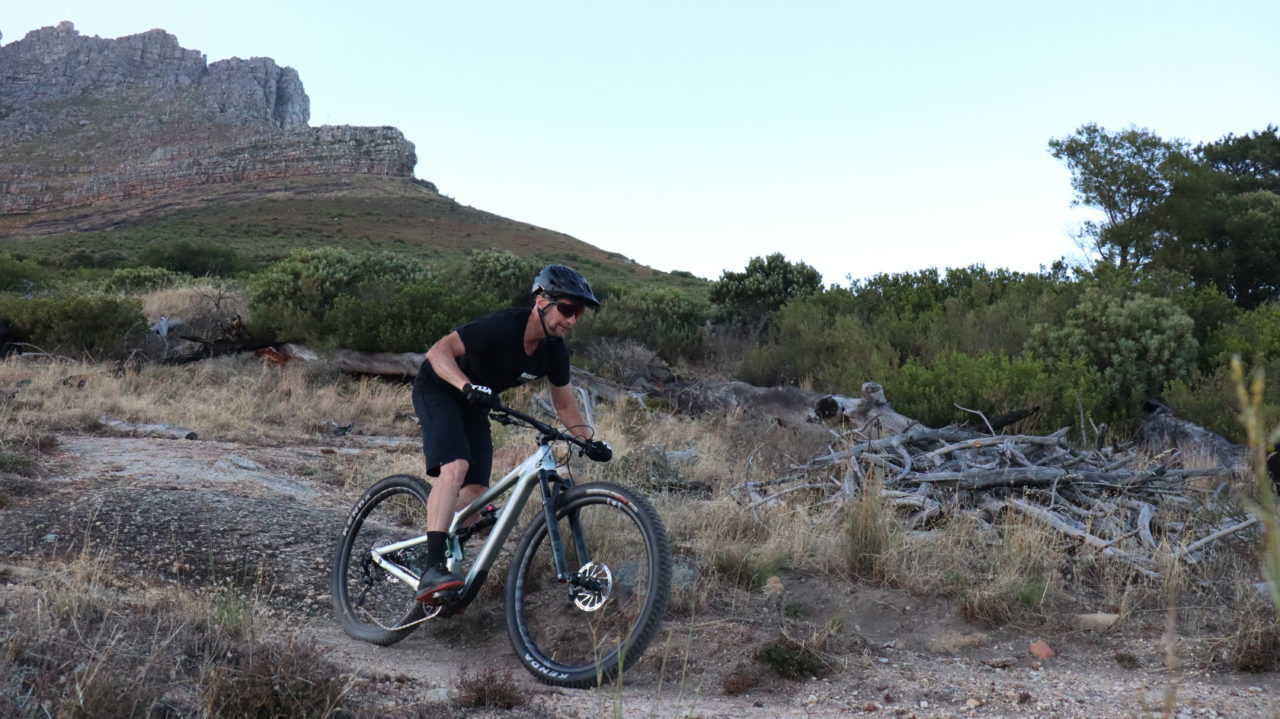 Myles Kelsey on the Cannondale Habit mountain bike on Table Mountain, Cape Town during a shoot for Bike Network.