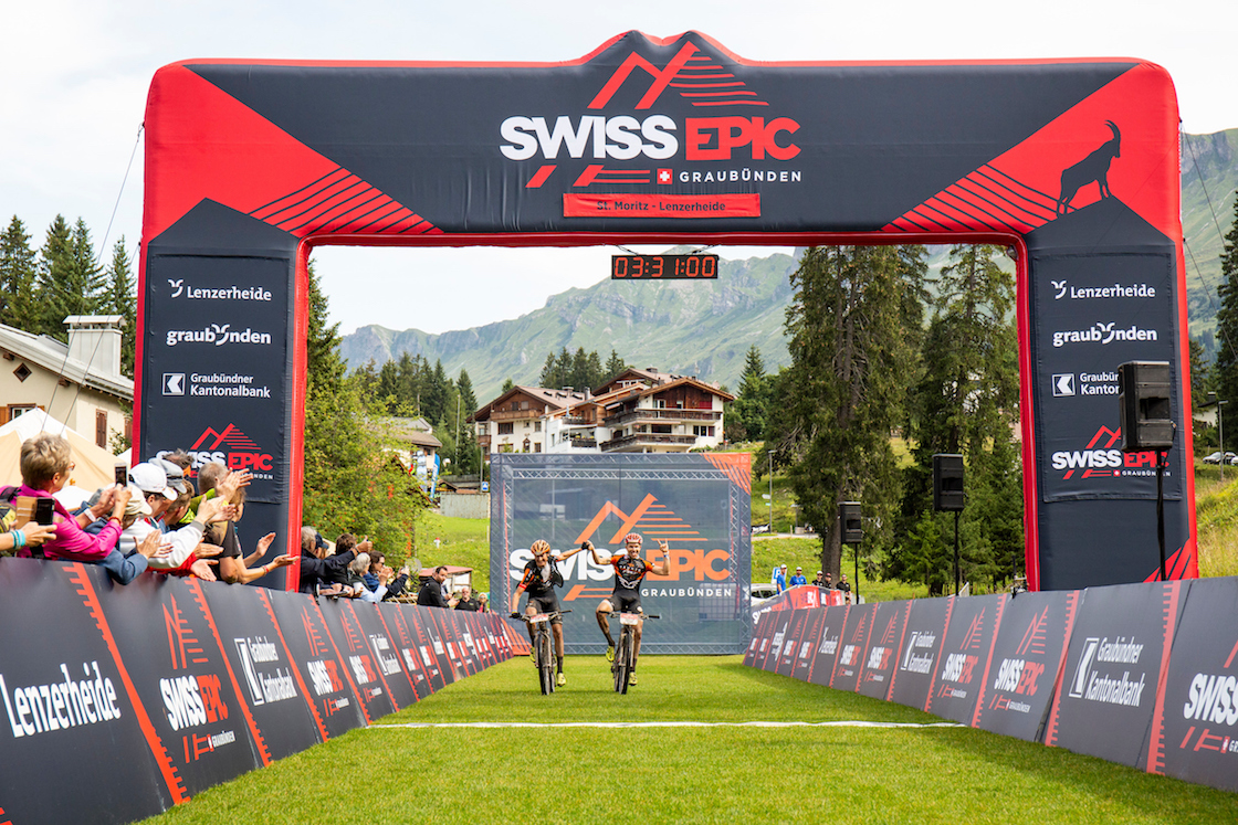 Noah BLÖCHLINGER and Casey SOUTH during Stage 3 of the 2019 Swiss Epic from St Moritz to Lenzerheide, Graubünden, Switzerland on 22 August 2019. Photo by Sam Clark.