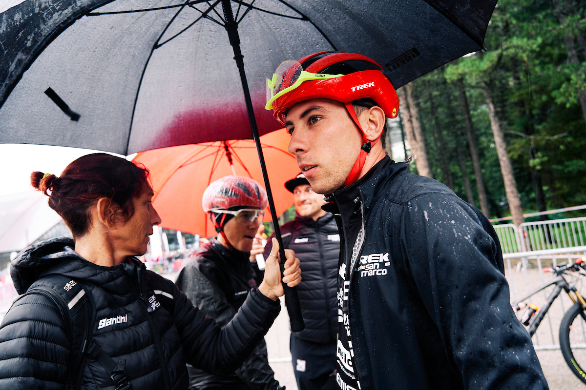 Damiano FERRARO and Samuele PORRO prepare for the start of Stage 1. IMAGE: Michael Chiaretta.