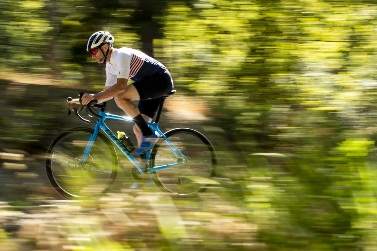 onkershoek, Stellenbosch - 4 December - Giant TCR review for Bike Network photoshoot with Myles Kelsey. Photo by Gary Perkin