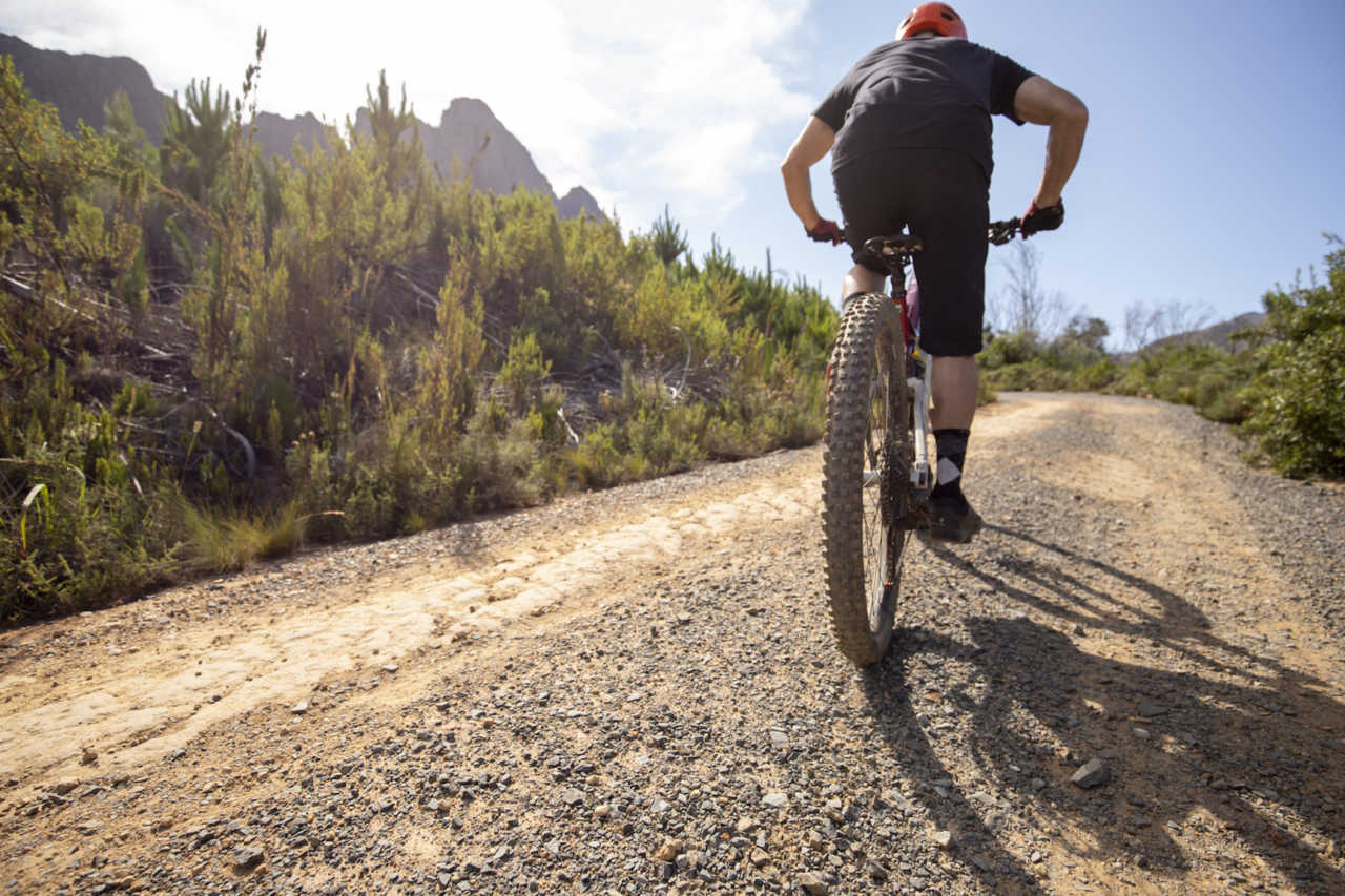Jonkershoek, Stellenbosch - 20 November - E-Bike do's and don'ts during a Bike Network photoshoot with Myles Kelsey. Photo by Gary Perkin