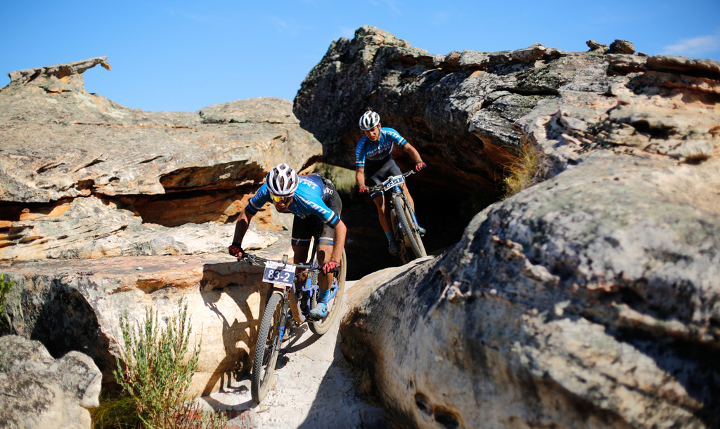 Marco Joubert and Nicol Carstens of Imbuko Giant in action at the 2019 Tankwa Trek mountain bike race