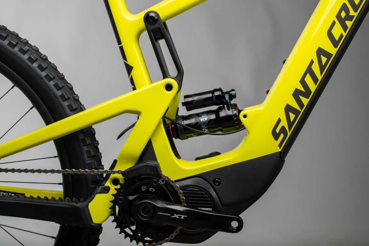 All the details on the new Santa Cruz Heckler with its Shimano system and VPP linkage provided by Bike Network for South Africa.