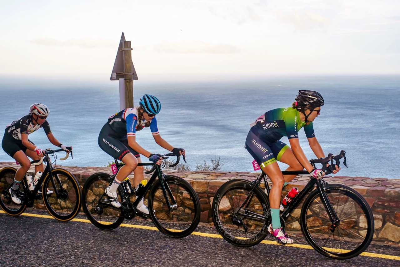 Tiffany Keep, Cherise Willeit and the elite women field in action at the Cape Town Cycle Tour in South Africa in 2019.