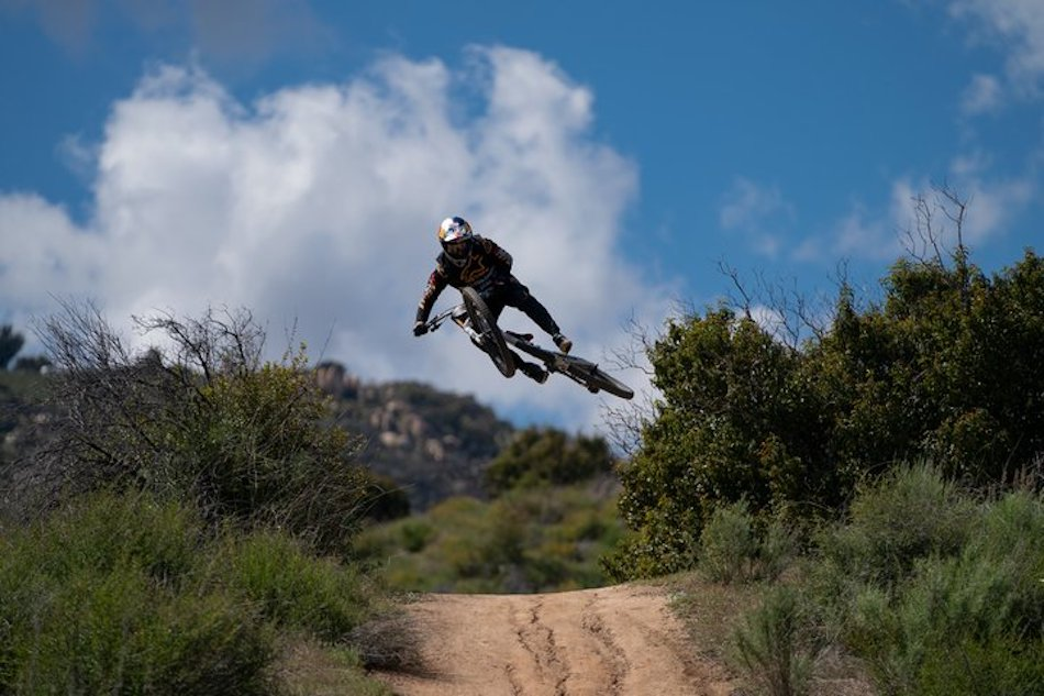 Aaron Gwin in California in March 2020 test riding the new FOX 40 mountain bike suspension fork
