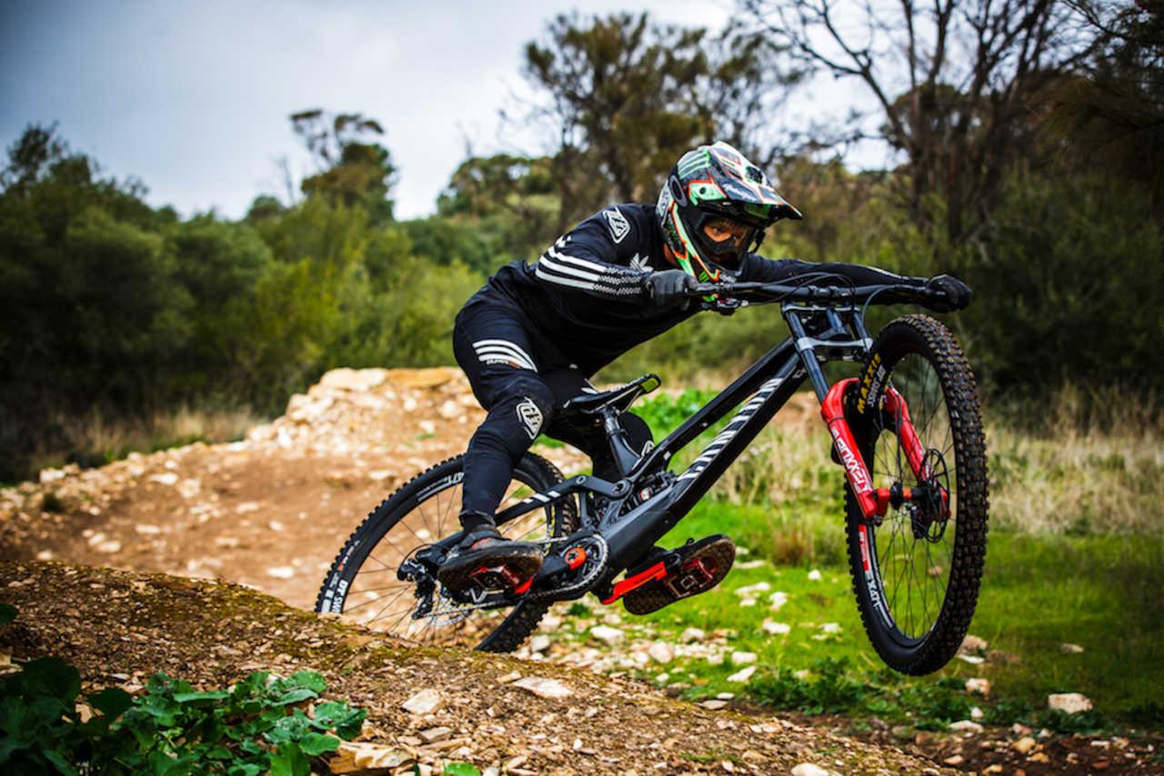 Troy Brosnan on the new Canyon Sender downhill mountain bike