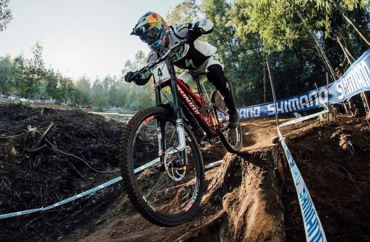 Loic Bruni performs at UCI DH World Cup in Lousa, Portugal on October 30th, 2020 // Bartek Wolinski/Red Bull Content Pool