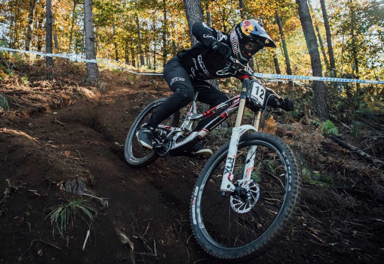 Aaron Gwin performs at UCI DH World Cup in Lousa, Portugal on October 30th, 2020 // Bartek Wolinski/Red Bull Content Pool // SI202010300652 // Usage for editorial use only //