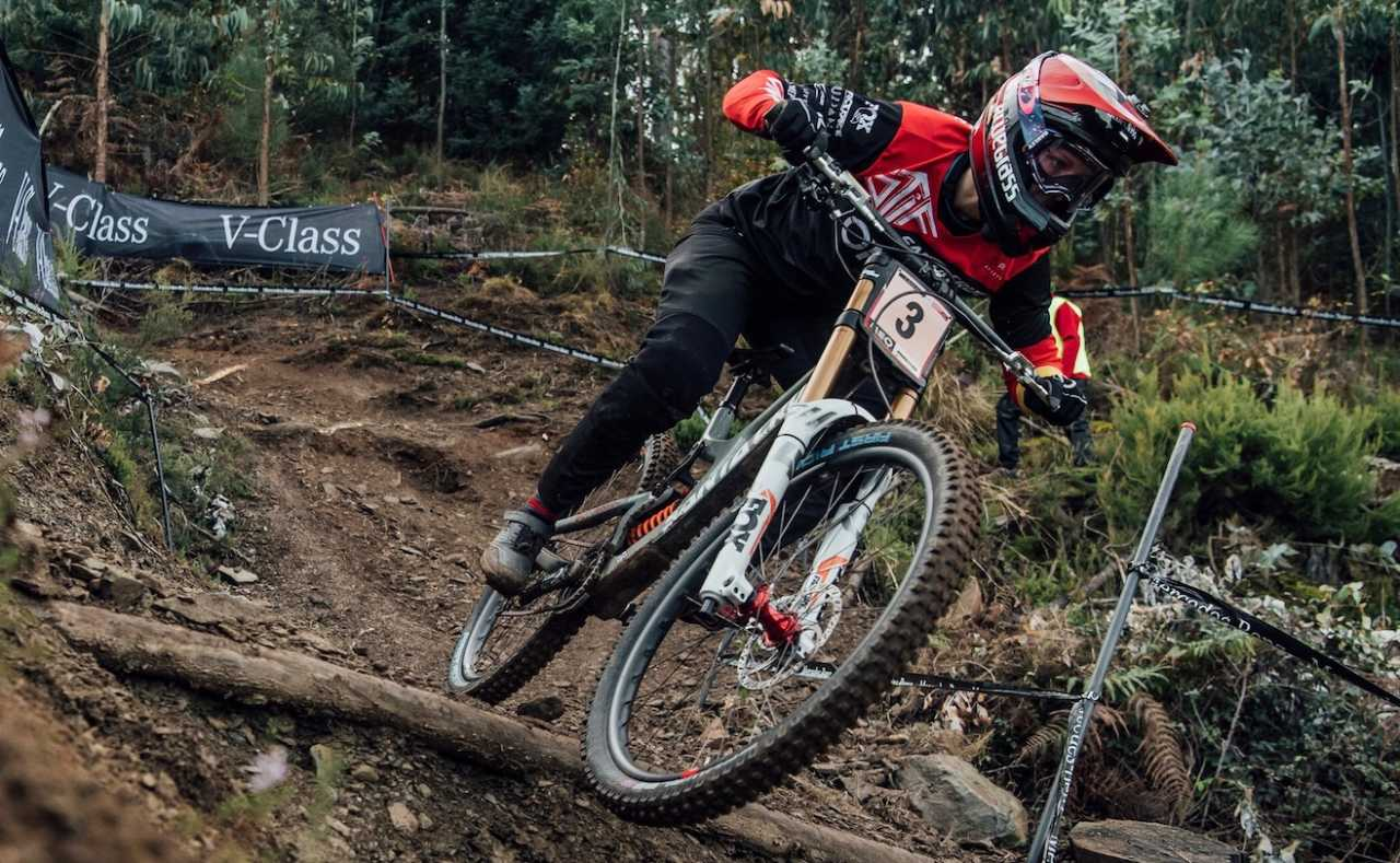 Nina Hoffmann performs at UCI DH World Cup in Lousa, Portugal on November 1st, 2020