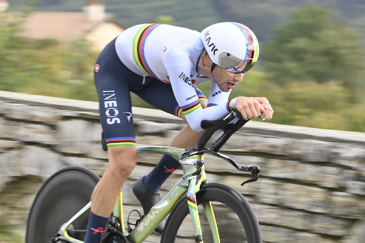 Cyclist Filippo Ganna in action