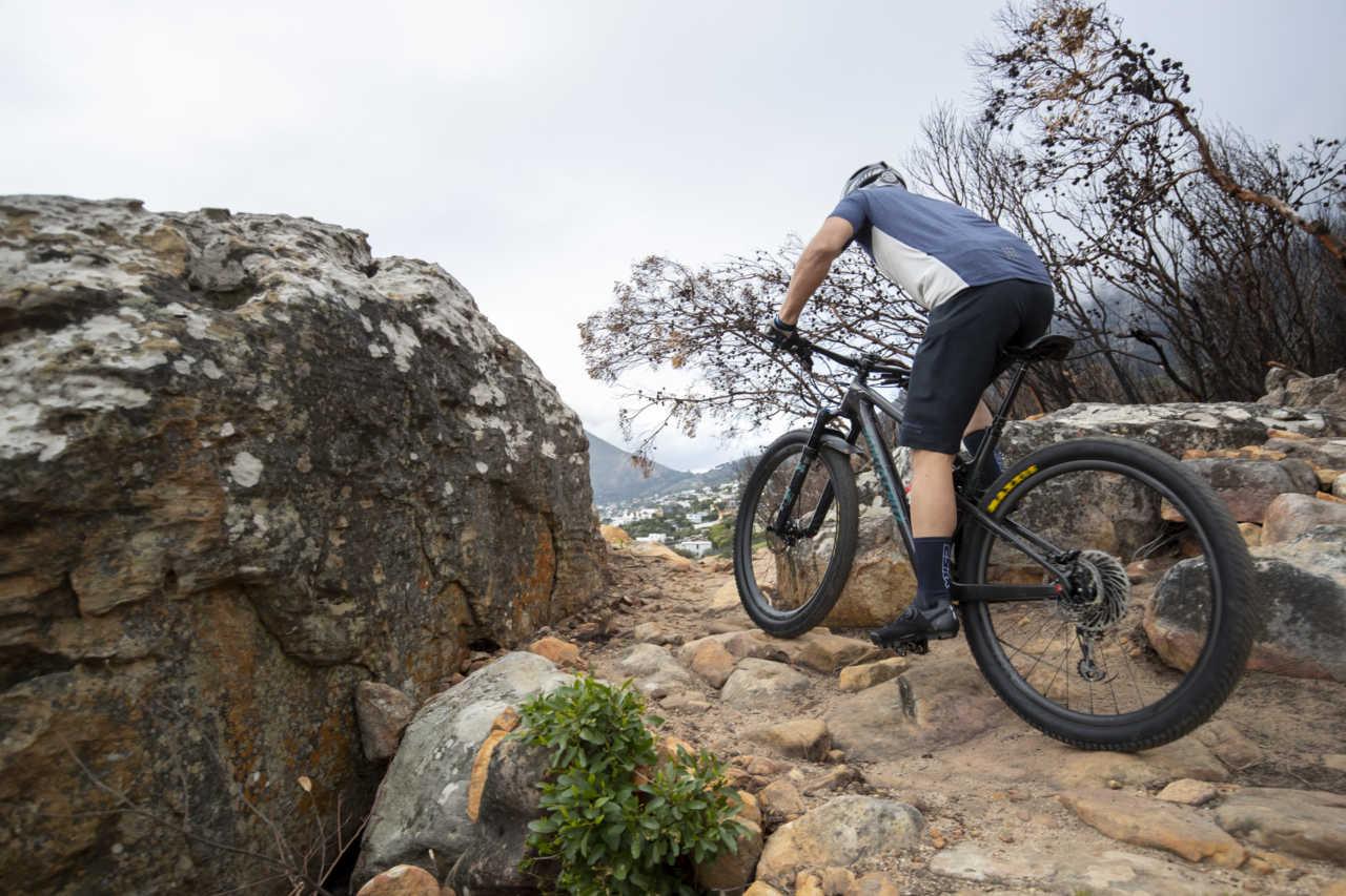 Review: FLR F-70 Knit Mountain Bike Shoe