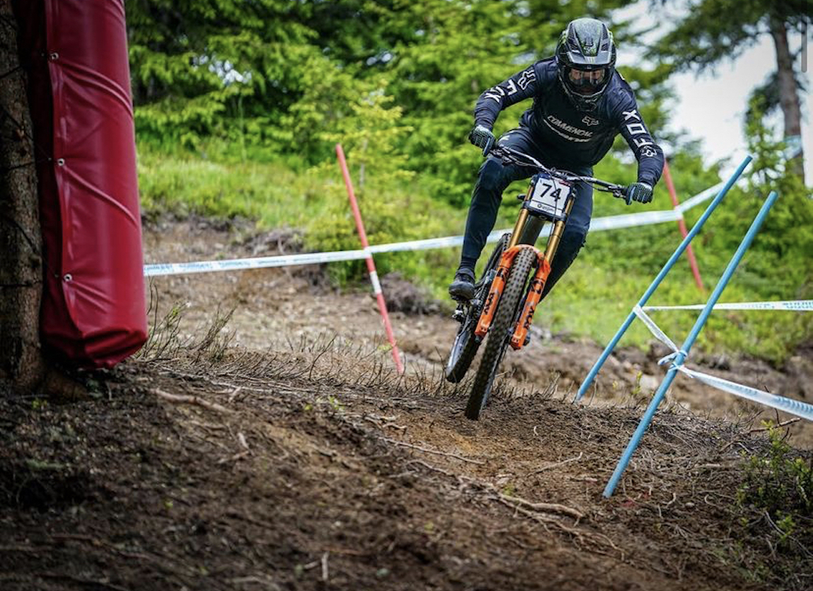 Results and photo recap of the Les Gets DH World Cup